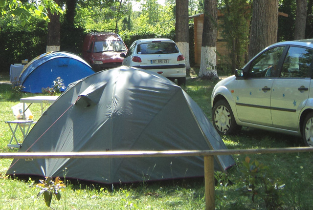 TENT + CAR PITCHES